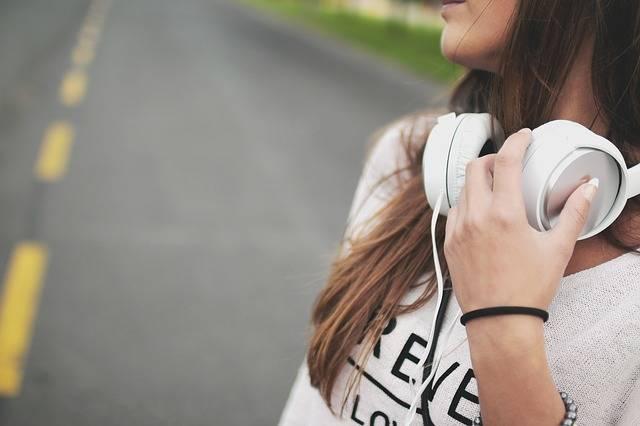 Girl Music Headphones - Free photo on Pixabay (471735)