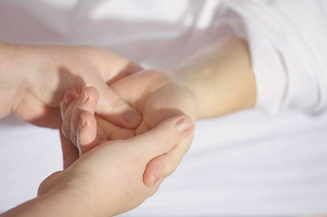 Treatment Finger Keep - Free photo on Pixabay (471775)