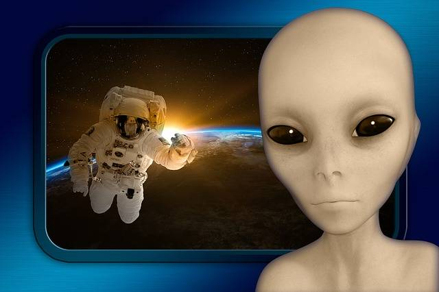 Alien Spaceship Astronaut - Free image on Pixabay (471815)