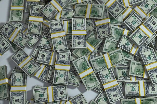 Packs Pile Money - Free image on Pixabay (473347)