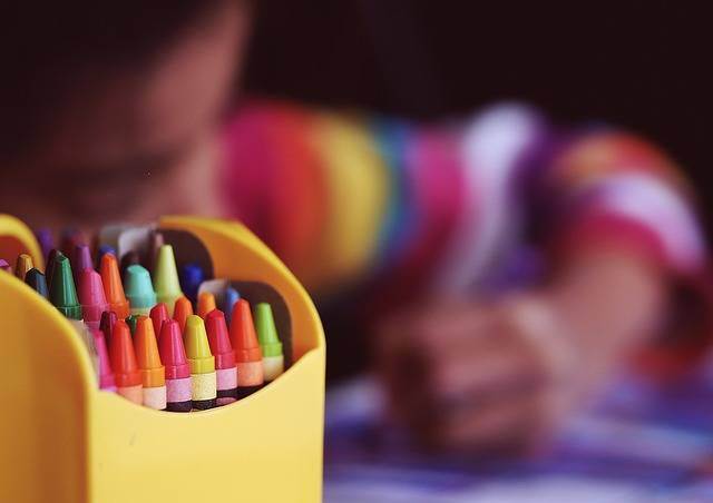 Crayons Coloring Child - Free photo on Pixabay (473761)