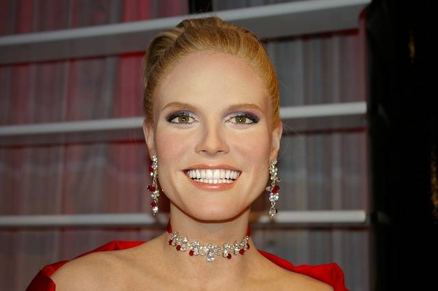 Heidi Klum Model Wax Figure - Free photo on Pixabay (475776)