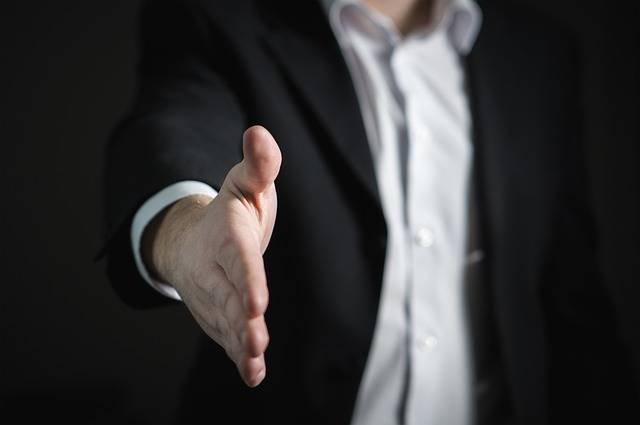 Handshake Hand Give - Free photo on Pixabay (477642)