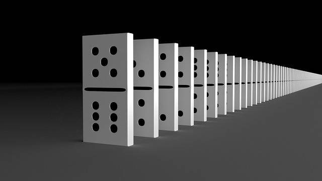 Series Domino Effect Stones - Free image on Pixabay (478801)