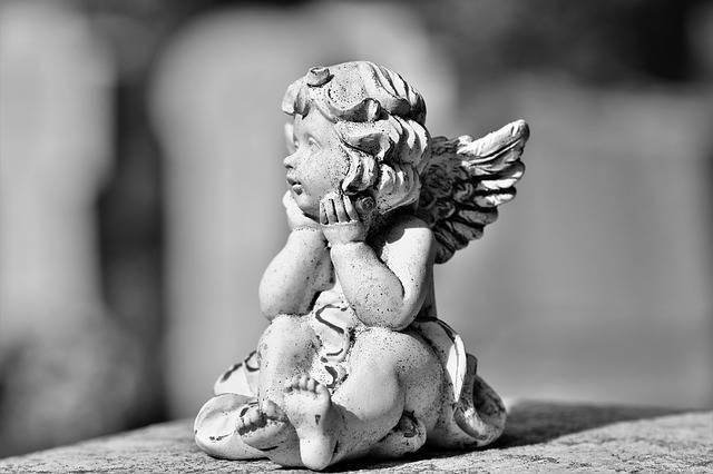 Angel Figure Sculpture - Free photo on Pixabay (479674)
