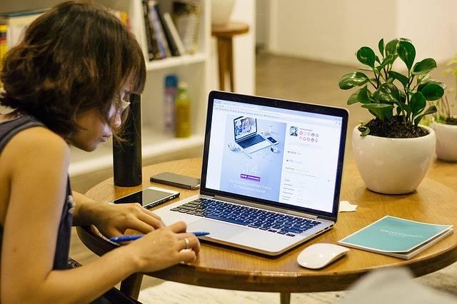 Office Work Studying - Free photo on Pixabay (480723)