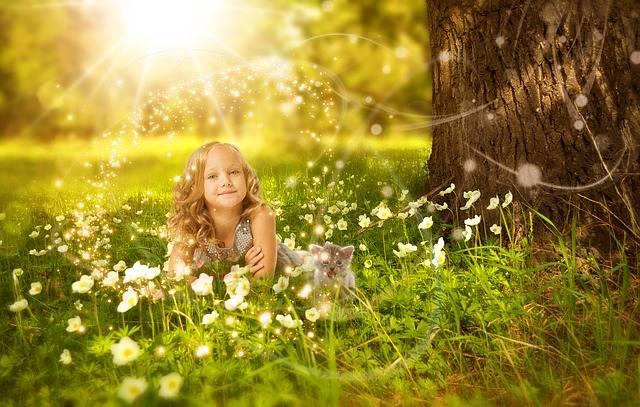 Girl Cute Nature - Free photo on Pixabay (480929)