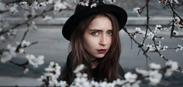 Girl Flowers Model - Free photo on Pixabay (499855)