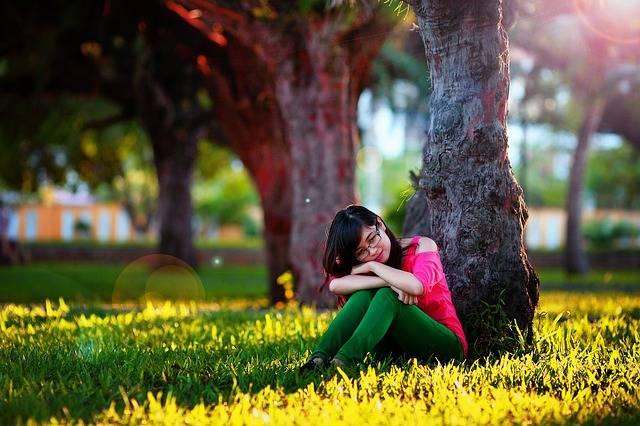 Girl Think Woman - Free photo on Pixabay (501780)