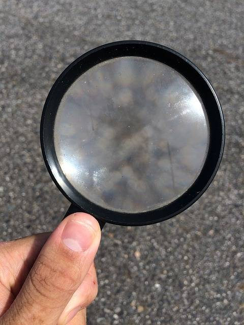 Hand Magnifying Glass Discovery - Free photo on Pixabay (503998)