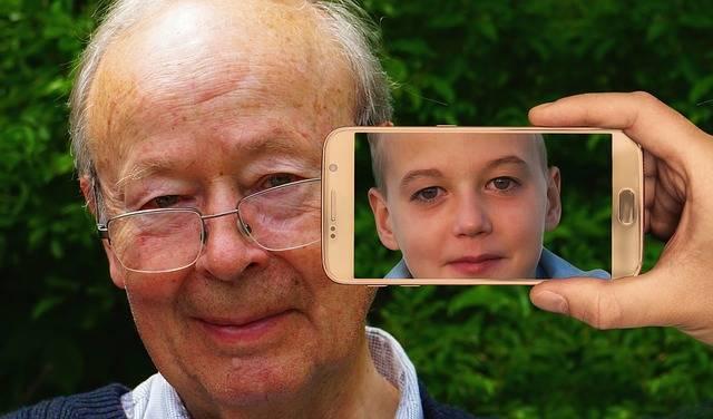 Youth Age Smartphone - Free photo on Pixabay (505101)