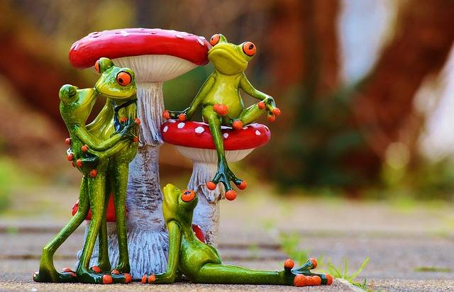 Frogs Mushrooms Figures - Free photo on Pixabay (507638)