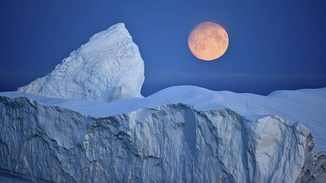 Iceberg Moon Arctic The - Free image on Pixabay (508631)