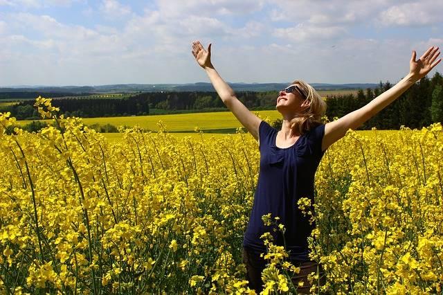 Worshipping God Happy Grateful - Free photo on Pixabay (516271)