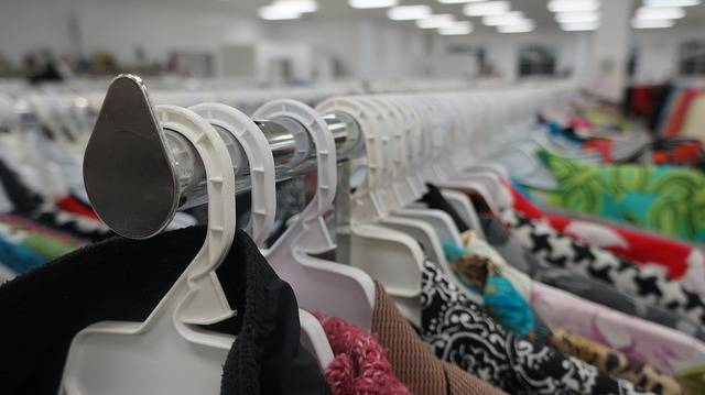 Clothing Thrift Store Shopping - Free photo on Pixabay (516526)