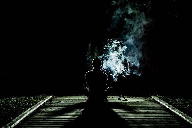 Smoke Human Alone - Free photo on Pixabay (517590)