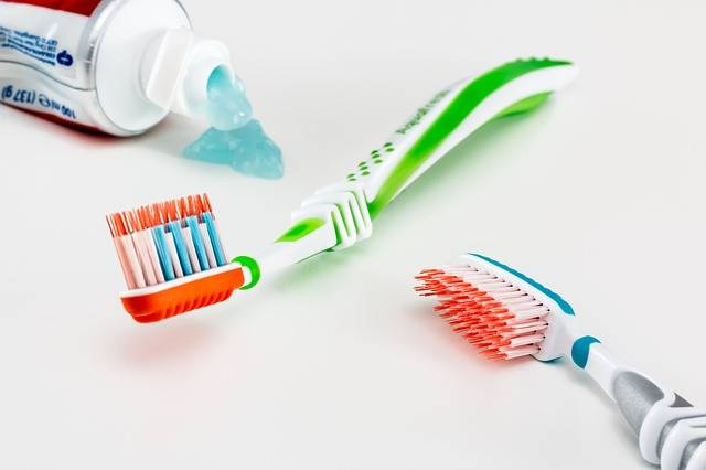 Toothbrush Toothpaste Healthcare - Free photo on Pixabay (518194)