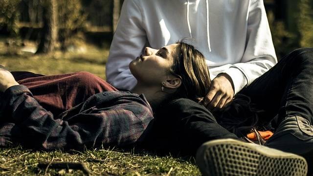 Romantic Couple Love - Free photo on Pixabay (521459)