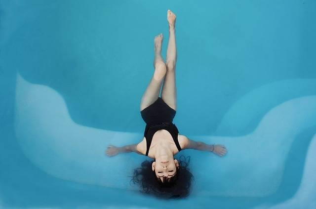 Woman Swimsuit Pool - Free photo on Pixabay (527045)