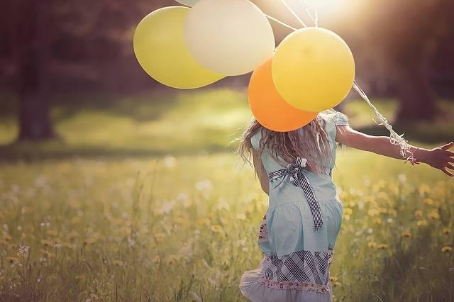 Girl Balloons Child - Free photo on Pixabay (527912)