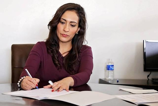 Woman Women Office - Free photo on Pixabay (528296)