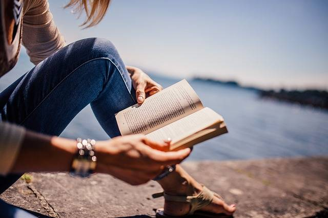 Reading Book Girl - Free photo on Pixabay (536684)