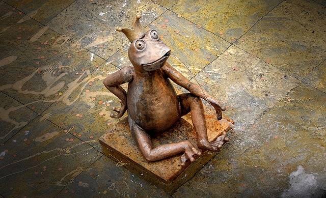 Gargoyle Frog Sculpture Water - Free photo on Pixabay (539034)