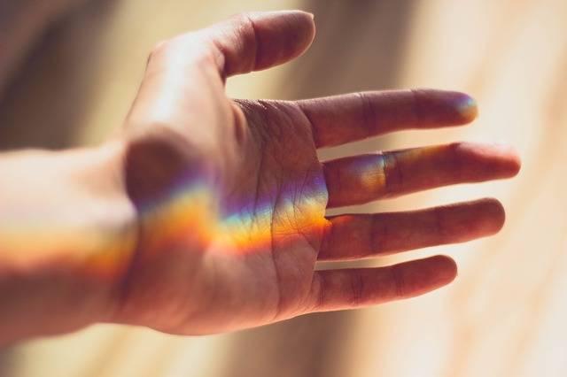 Hand Rainbow Light - Free photo on Pixabay (540249)