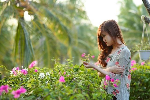 Girl Think Woman - Free photo on Pixabay (546755)