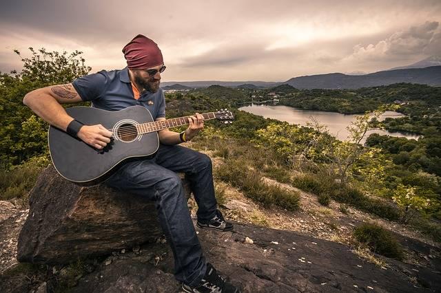 Guitarist Acoustic Guitar Man - Free photo on Pixabay (549269)
