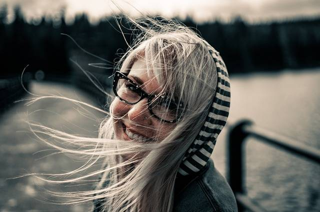 Girl Smiling Female - Free photo on Pixabay (549713)