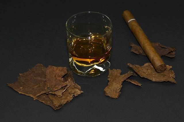 Cigar Tobacco Leaves Whiskey Glass - Free photo on Pixabay (551793)