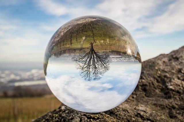 Glass Ball - Free photo on Pixabay (553170)