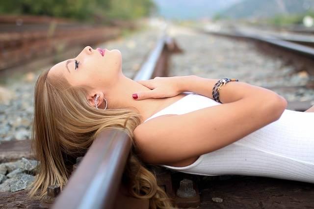Girl Train Rails - Free photo on Pixabay (559929)