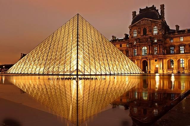 Louvre Pyramid Paris - Free photo on Pixabay (560966)