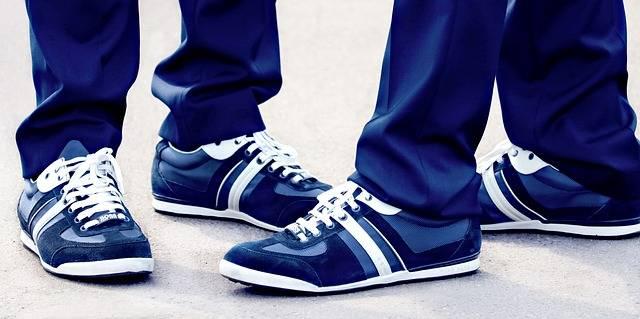 Partnerlook Sneakers Pair - Free photo on Pixabay (560999)