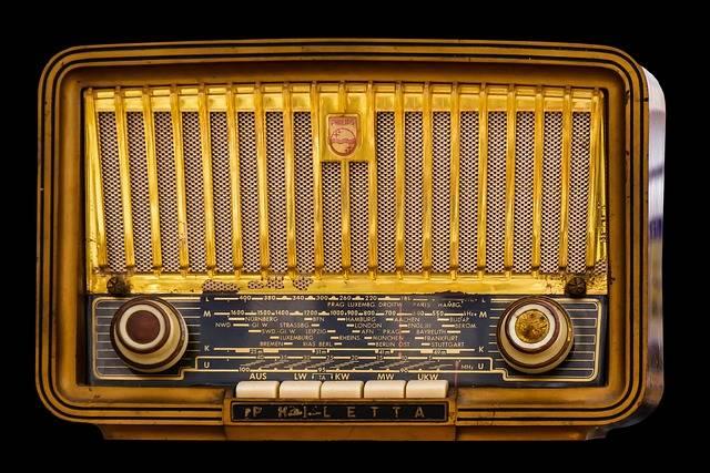 Radio Old Tube - Free photo on Pixabay (564935)
