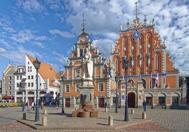 Latvia Riga Town Hall Square House - Free photo on Pixabay (571667)
