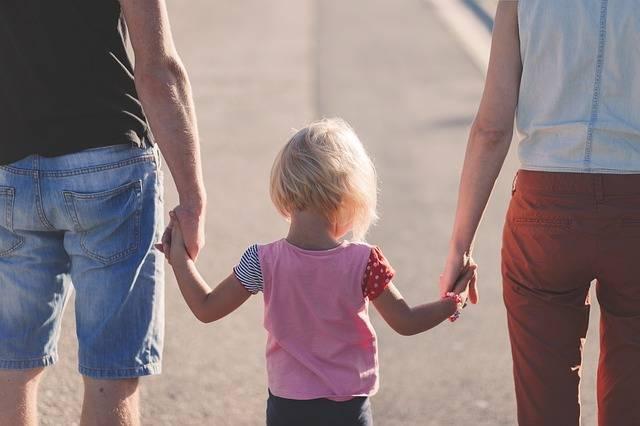 Affection Beach Parents - Free photo on Pixabay (578846)