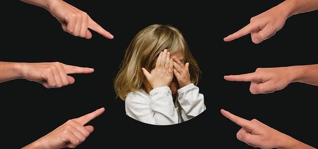 Bullying Child Finger - Free photo on Pixabay (581042)