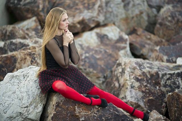 Woman Red Socks - Free photo on Pixabay (584608)