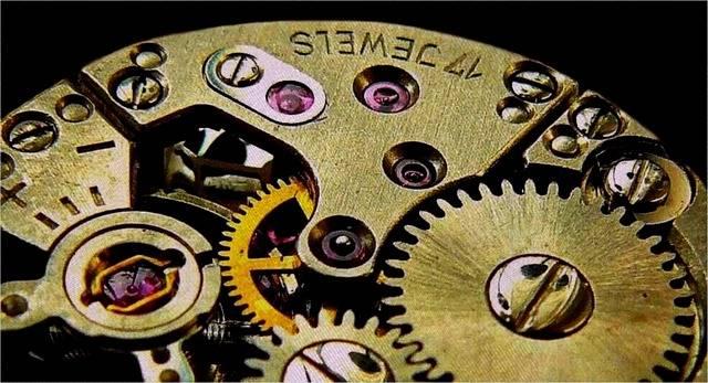 Clock Movement Gears - Free photo on Pixabay (588536)