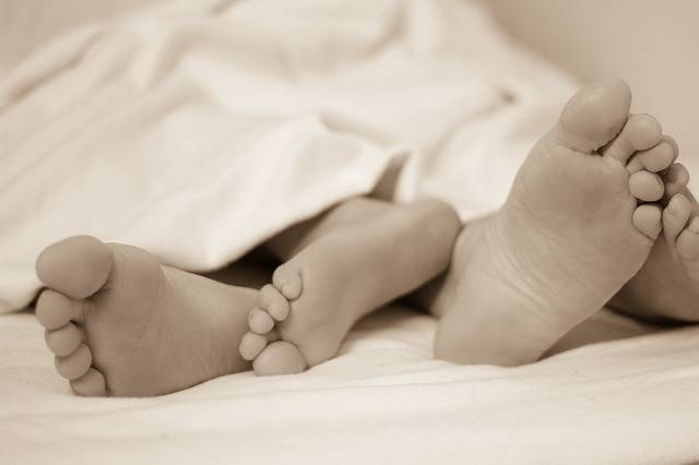 Feet Bed Sleep In - Free photo on Pixabay (588732)