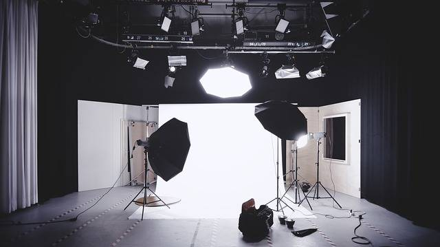 Photography Studio Photo Shoot - Free photo on Pixabay (590249)