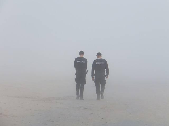 Police Fog - Free photo on Pixabay (590452)