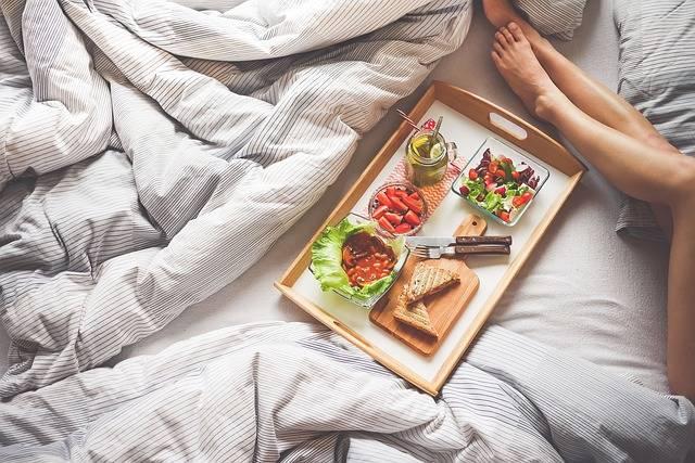 Adult Breakfast Bedroom - Free photo on Pixabay (591791)