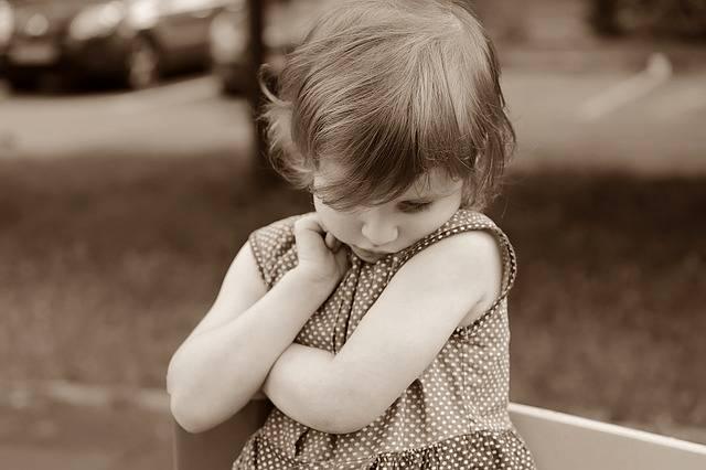 Baby Girl Shy - Free photo on Pixabay (593111)