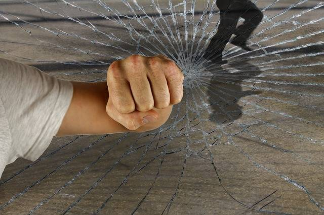 Violent Crime Burglary - Free photo on Pixabay (598872)