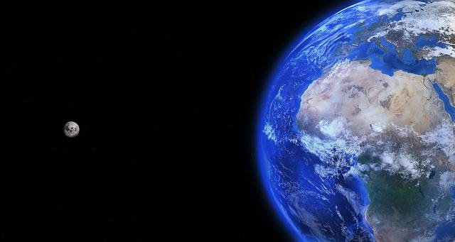 Earth Globe Moon - Free photo on Pixabay (599079)