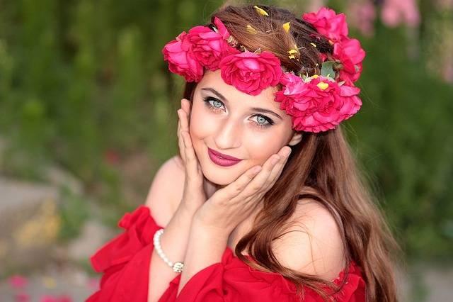 Girl Flowers Wreath - Free photo on Pixabay (632088)